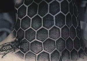 Honeycomb Gentlemen's Tattoo Ideas