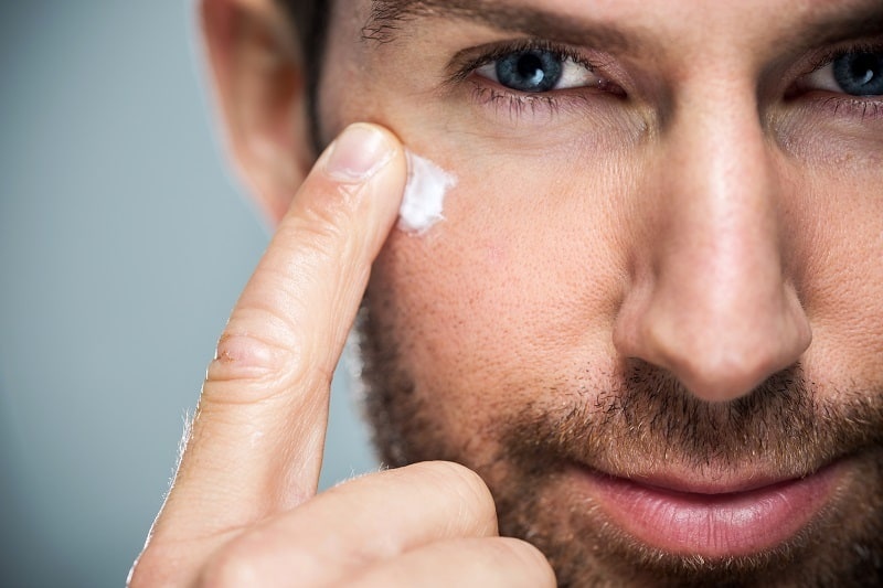 10 Essential Grooming Tips for the Modern Man