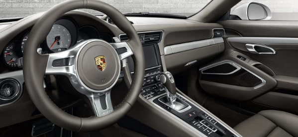 2013 Porsche 911 Carrera 4 Interior
