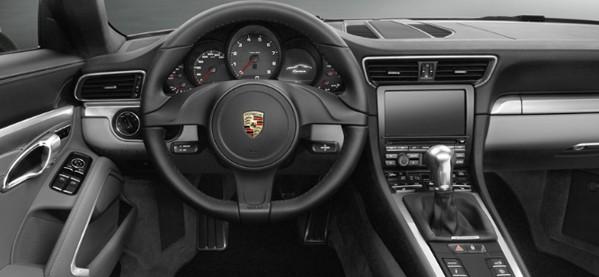 Porsche 911 Carrera 4S Dash