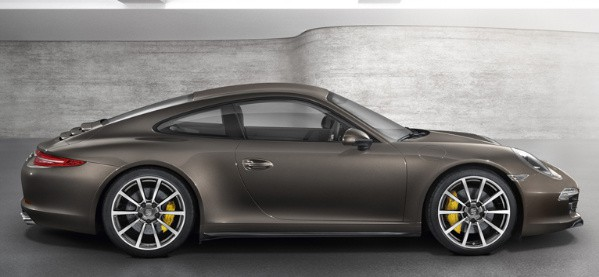 2013 Porsche 911 Carrera 4S Side