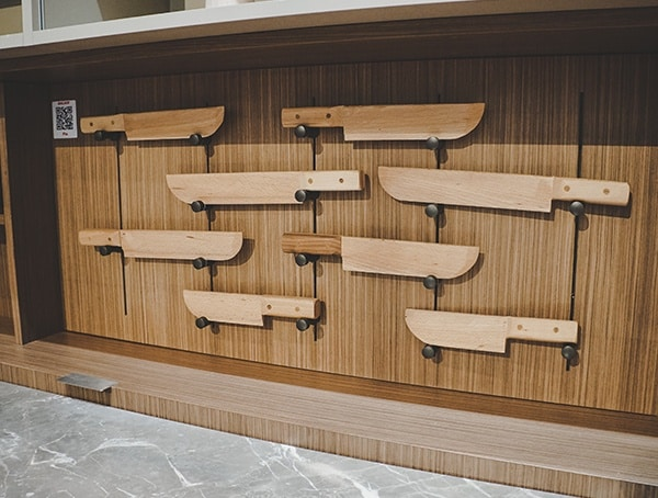 2019 Ikbs Knife Display Wall For Kitchens
