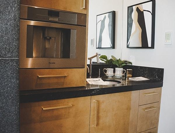 2019 New American Home Master Bedroom Mini Wet Bar