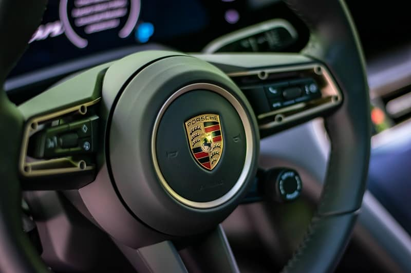 2021 Porsche 911 GT3's Manual Transmission Could Be One of the Last True Sports Cars 1