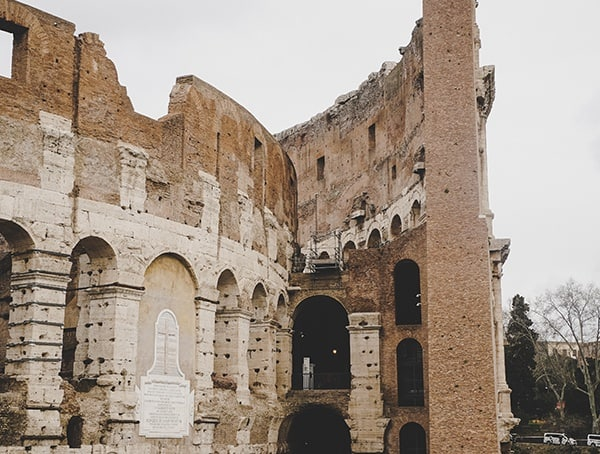 3 Tiered Roman Amphitheater Colosseum