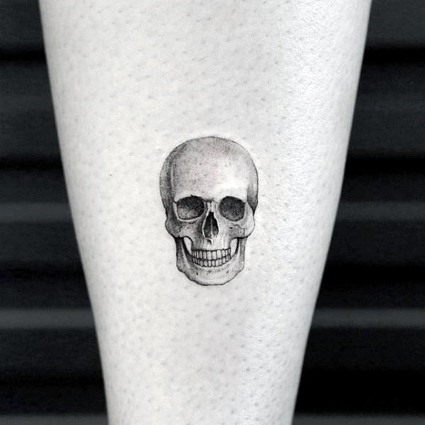 3d Realistic Tiny Skull Mens Small Tattoo Designs