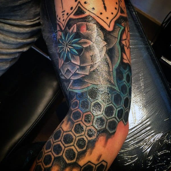 3d Sacred Geometry Circle Tattoo For Men