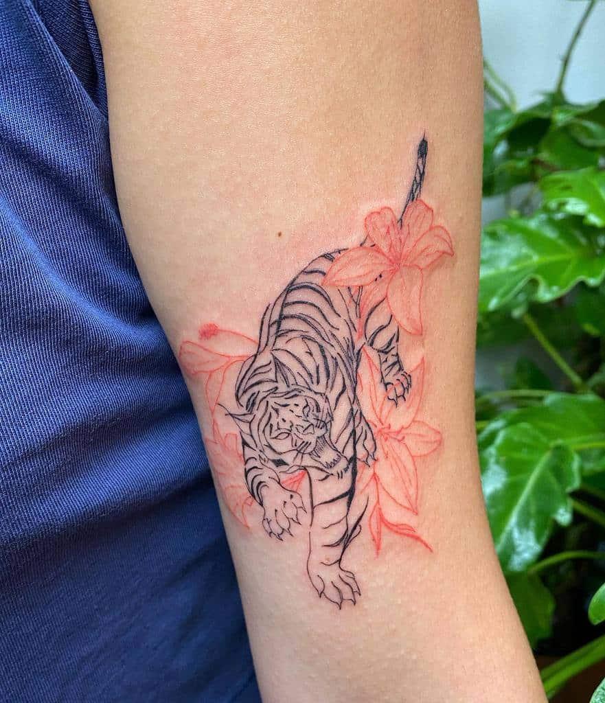 Animal Themed Lily Tattoo Kayatatt