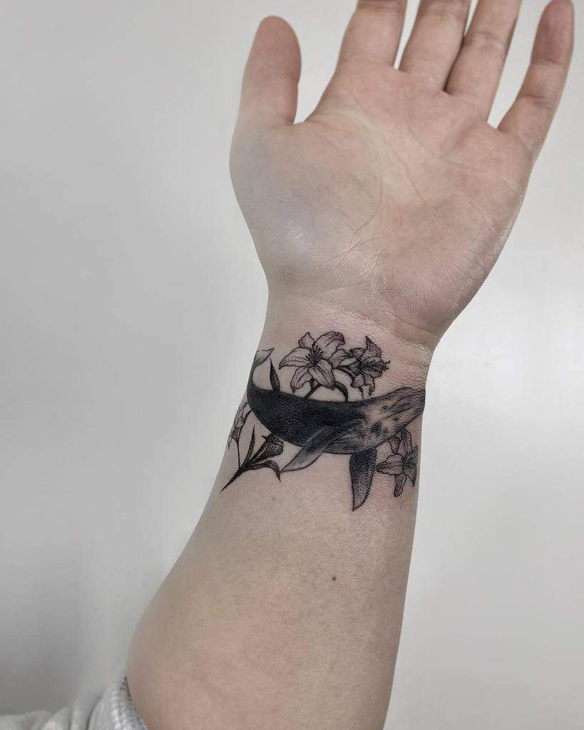 Animal Themed Lily Tattoo Naleak Tattoo