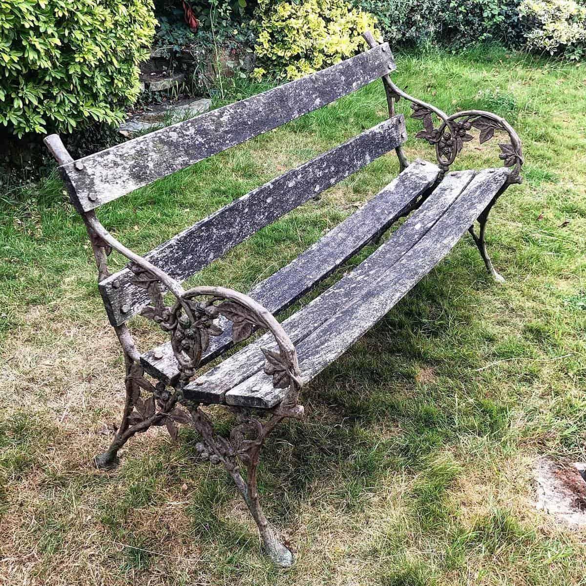 Antique Garden Bench Ideas -oldemporiumantiques