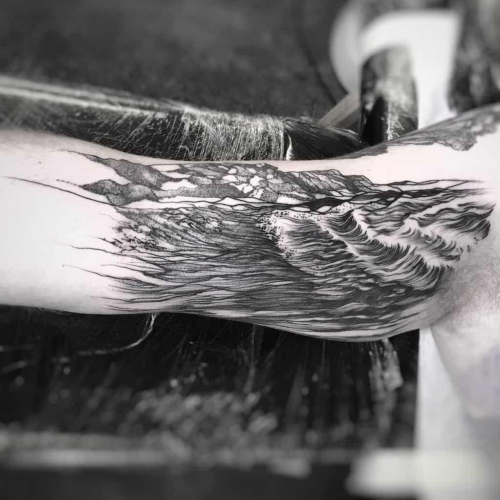 black-work-illustration-saescape-ocean-tattoo-harryrobbinstattoo