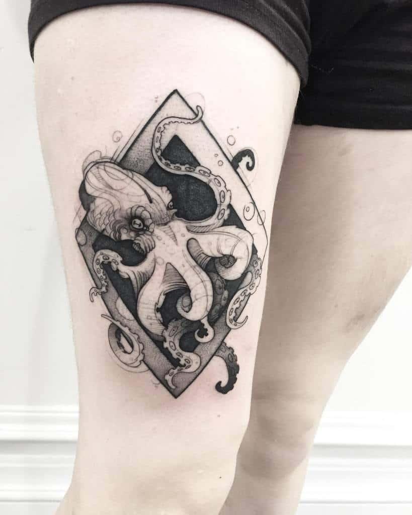 blackwork-chaotic-octopus-flash-ocean-tattoo-mattrodway.tattoos