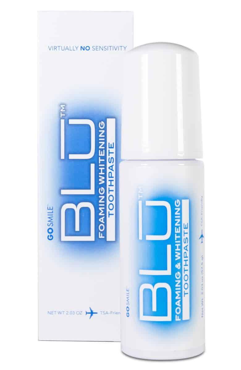BLU schäumende und aufhellende Zahnpasta