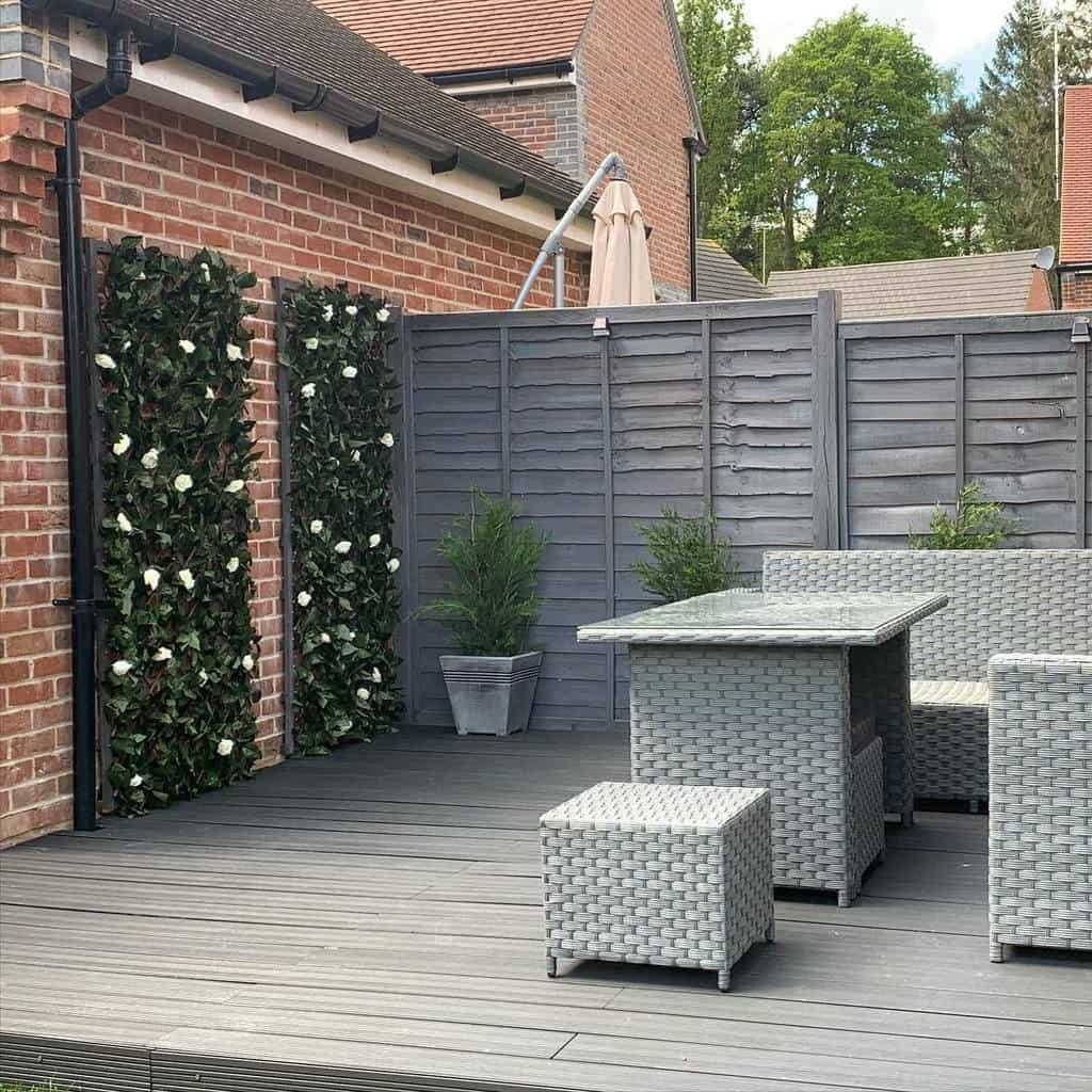 Backyard Deck Privacy Ideas -lovehomewebb