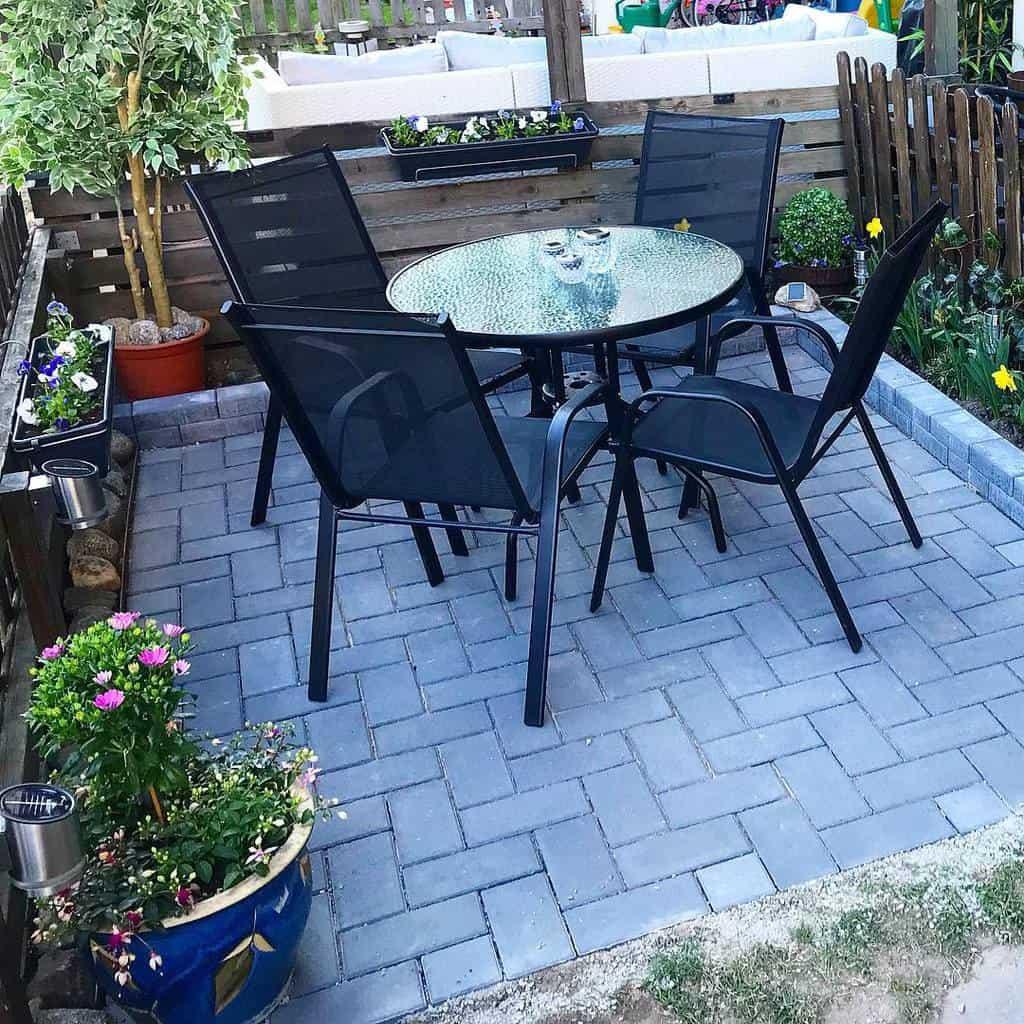 Backyard Patio Garden Ideas -gremilyemily