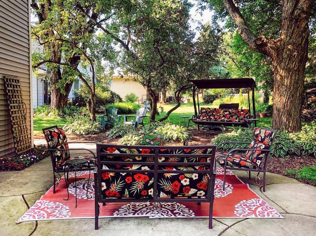 Backyard Patio Garden Ideas -momma_vintage
