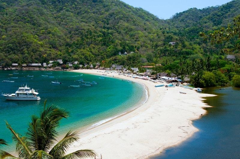 Bahia-de-Banderas-Mexico-Summer-Road-Trip