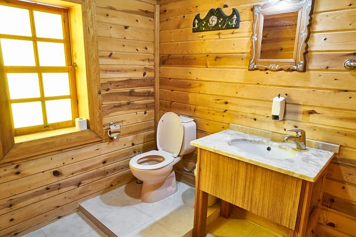 Bathroom With Toilet Seat Down