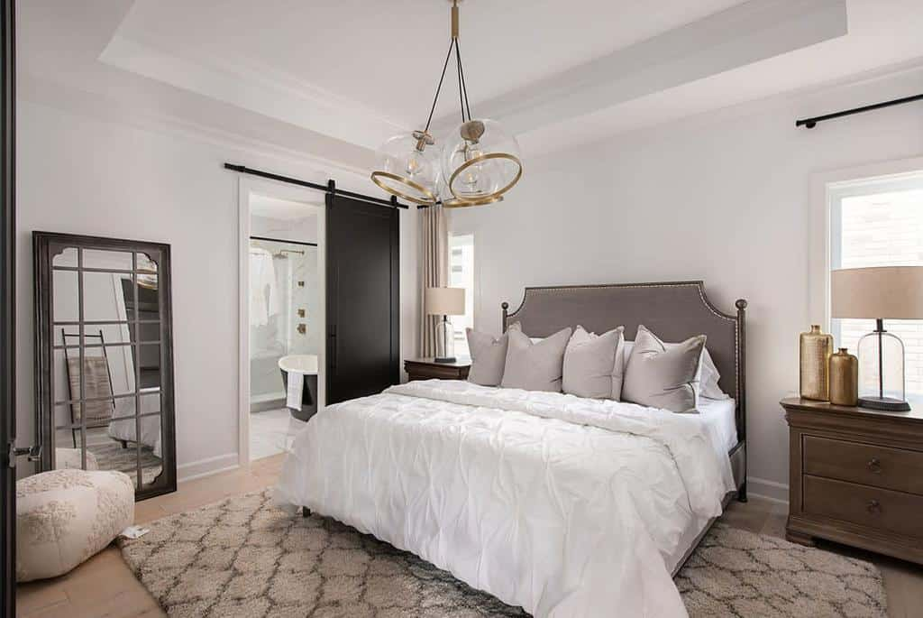 metallic accent bedroom decor ideas