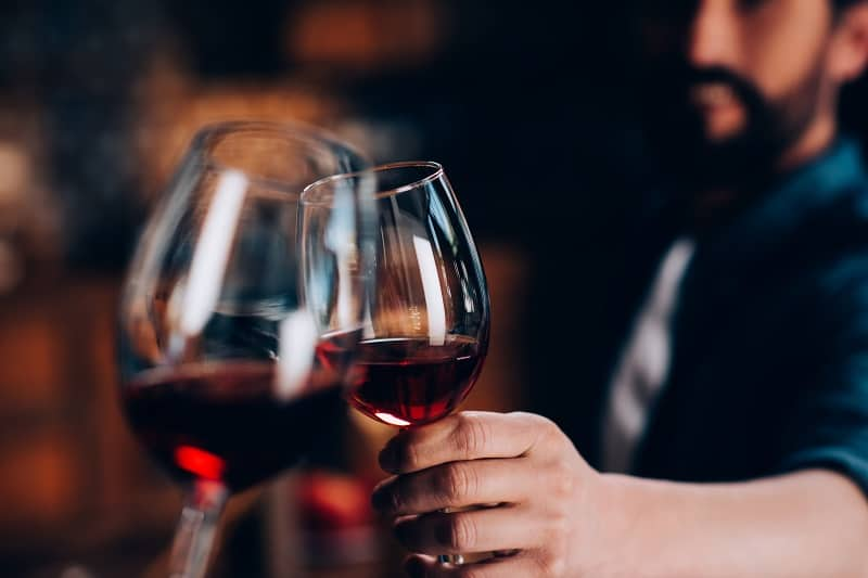 Beginners Guide: How to Drink Wine