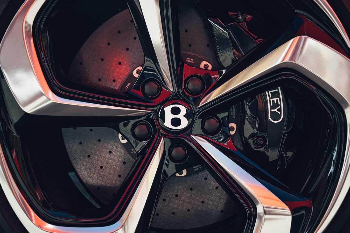 Bentayga S – 12