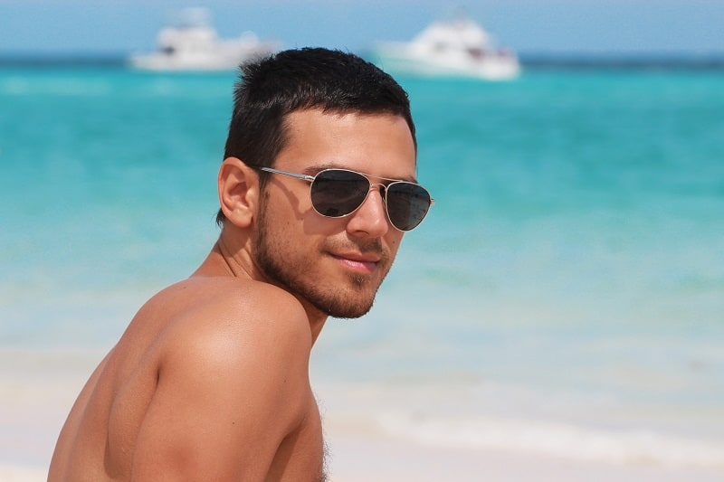 The 10 Best Aviator Sunglasses for Men This Summer