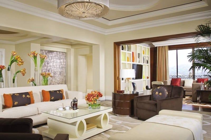 Beverly Wilshire Luxury Hotel