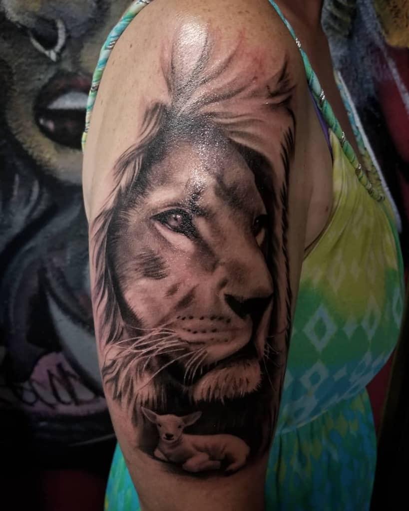 Black Lion and Lamb Tattoo reztat2