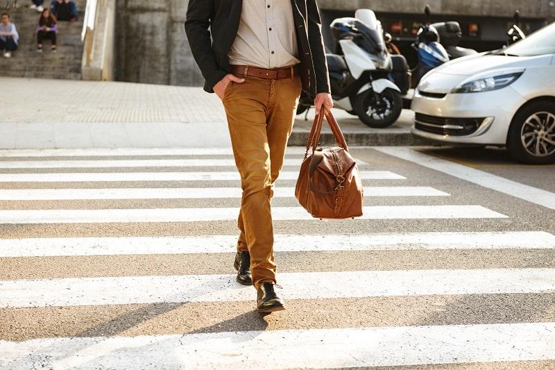 Black shoes go best with Khakis – Men's Fashion Advice