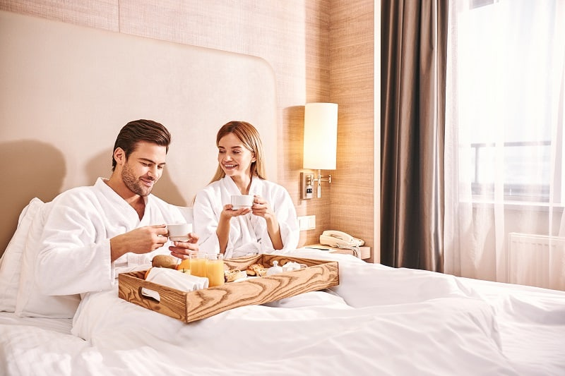 Book-In-at-a-Local-Bed-and-Breakfast-To-Keep-The-Romance-Alive
