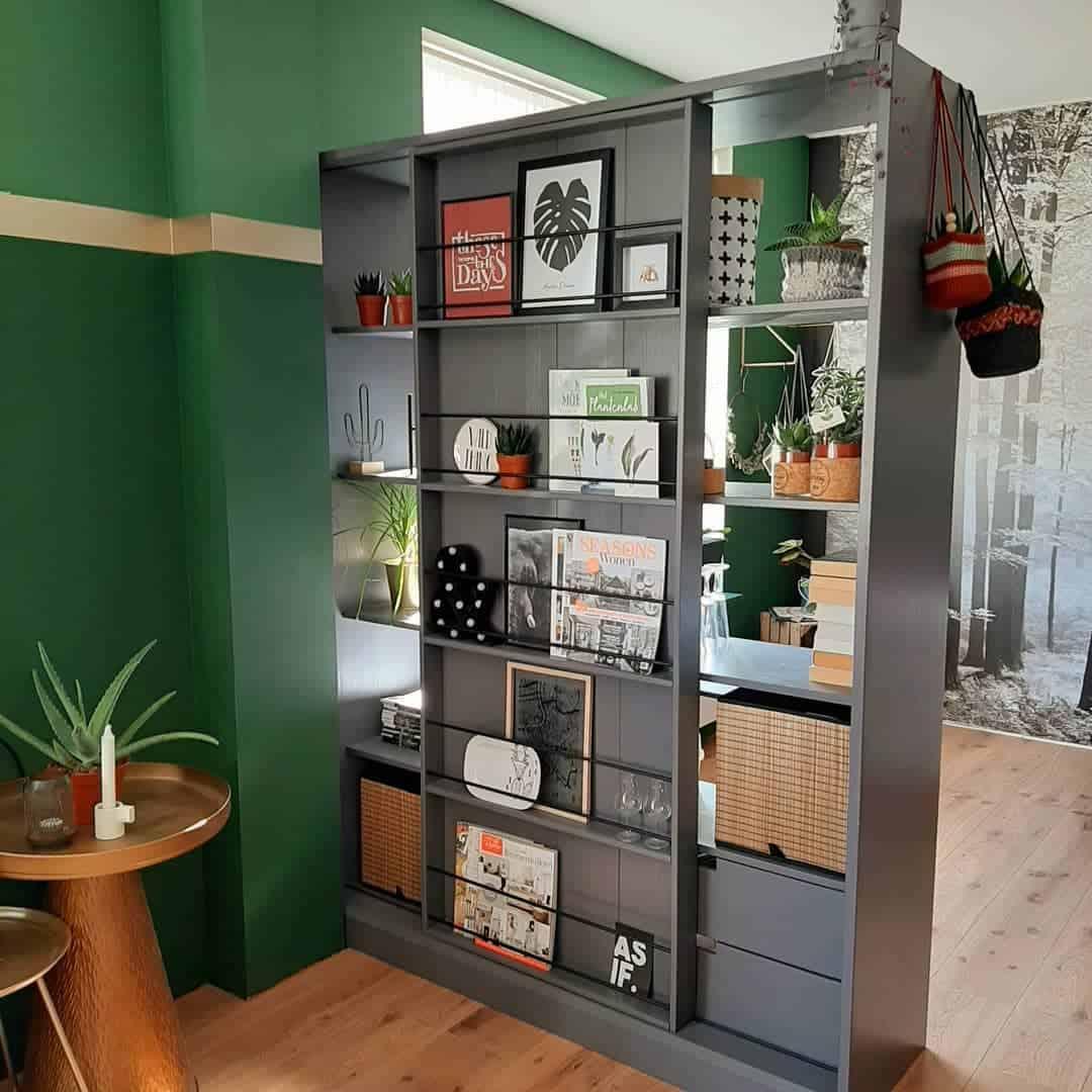 Bookcase Temporary Wall Ideas -hygge_inhuisje10