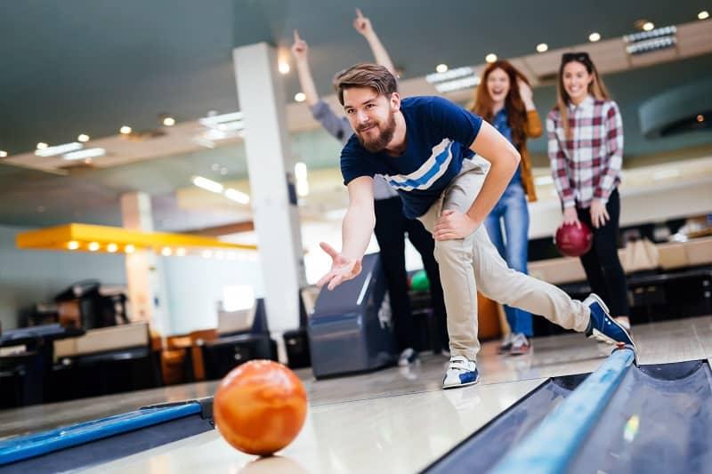 Bowling-Hobbies-For-Men