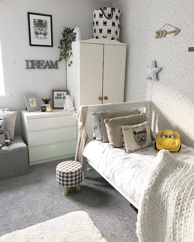 Boy Small Bedroom Ideas Myhomefurnishinglife
