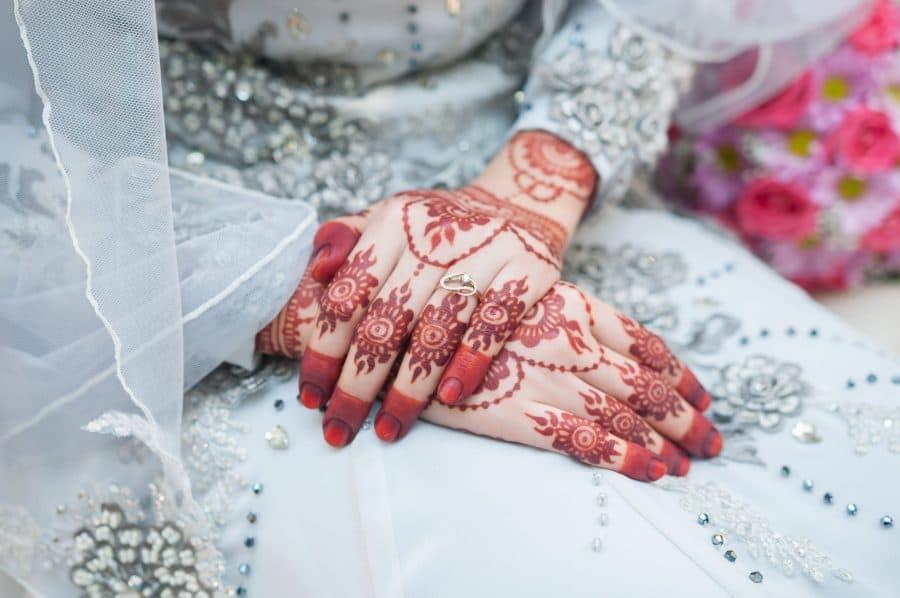 Brides Hands And Fingernails Henna