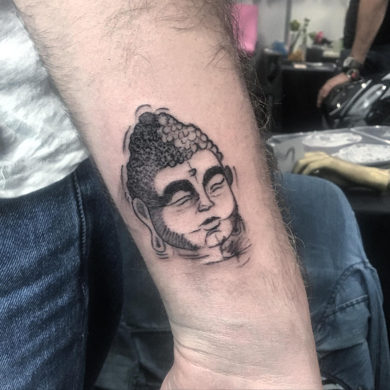 Small Buddha Tattoo -anselmiarianna1