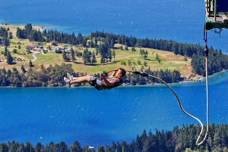Bungee-Jumping-Extreme-Sports-Ever-Man-Needs-to-Experience