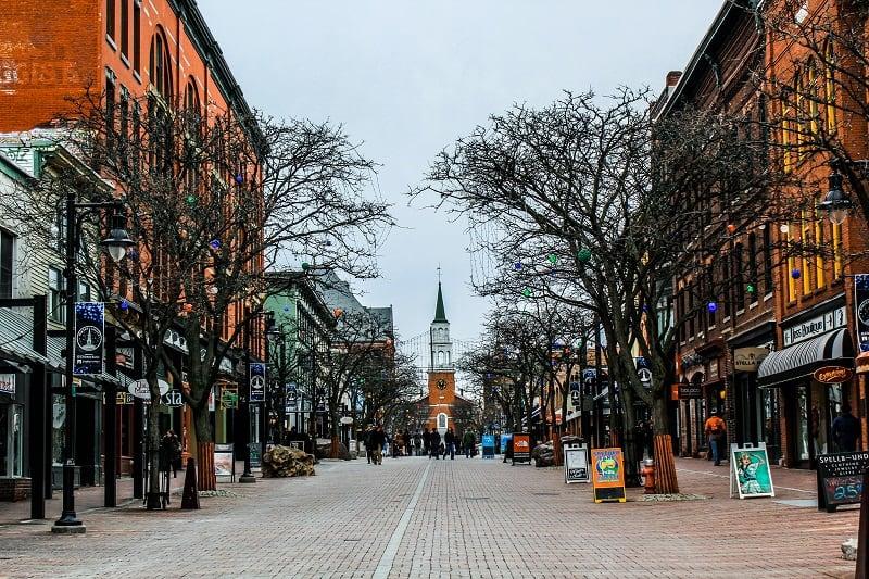 Burlington-Vermont-Best-American-Summer-Break-Destinations