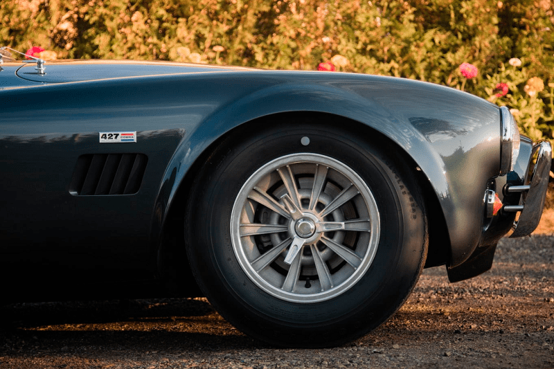Carroll Shelby's 1965 427 Cobra Roadster Up For Auction 3