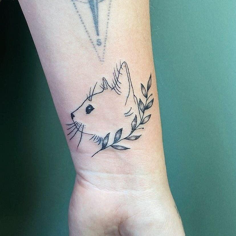 Cat Outline Wrist Tattoo ateliececinobrega