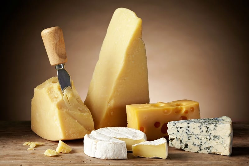 Cheese-To-Boost-Serotonin-for-Improving-Mental-Health-and-Mood