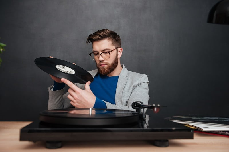 Collect-Vinyl-Records-Best-Hobbies-For-men-In-Their-20s