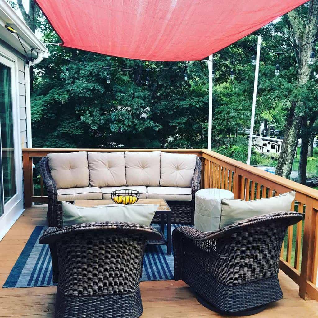 Cozy Deck Decorating Ideas -julianaerarealty
