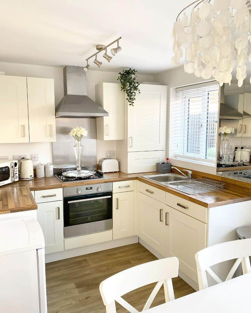 Cream Kitchen Cabinet Color Ideas helenmaryhome