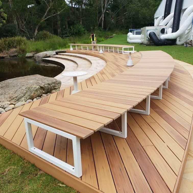 Curved Garden Bench Ideas -duralifedeckingoz