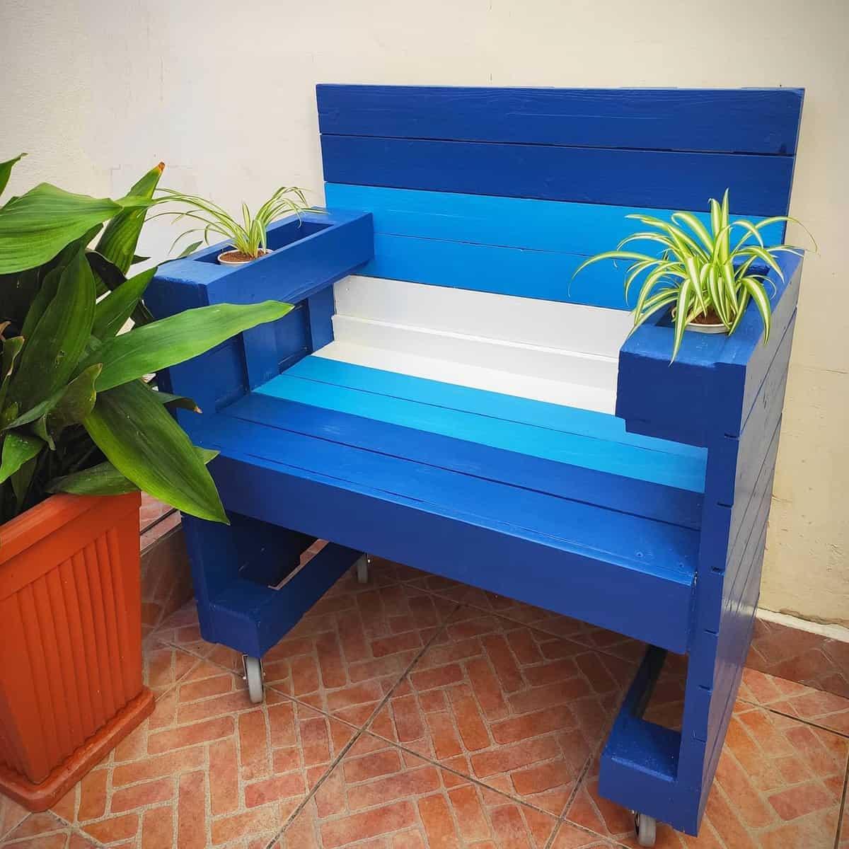 DIY Garden Bench Ideas -mizzijosie
