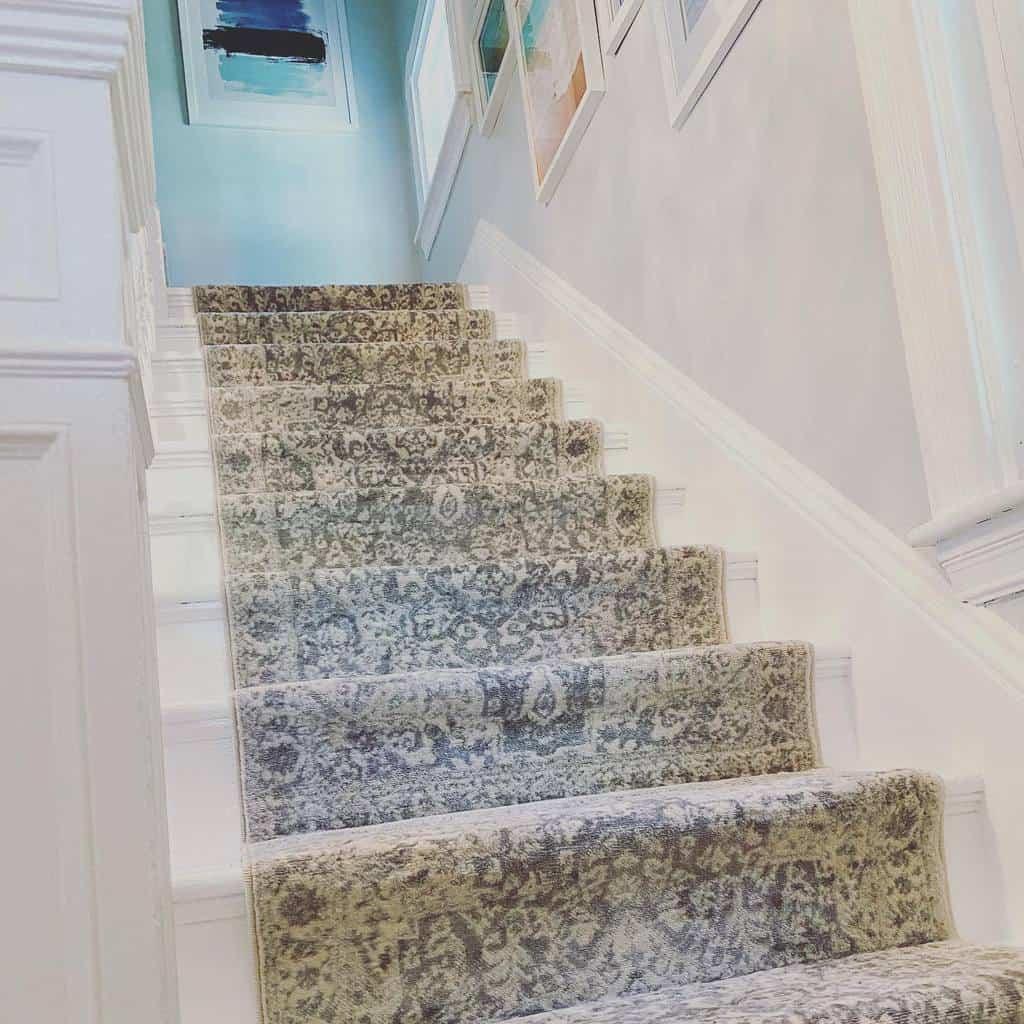 DIY Stair Runner Ideas -bellajase