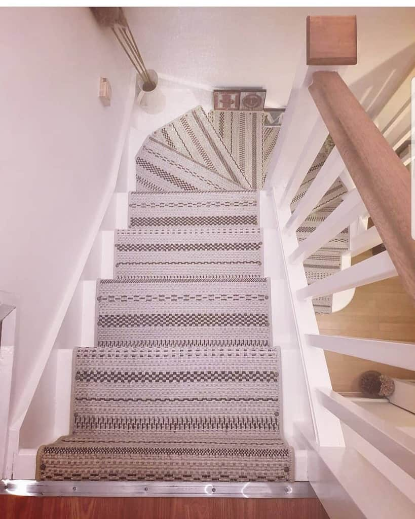 DIY Stair Runner Ideas -ourss9