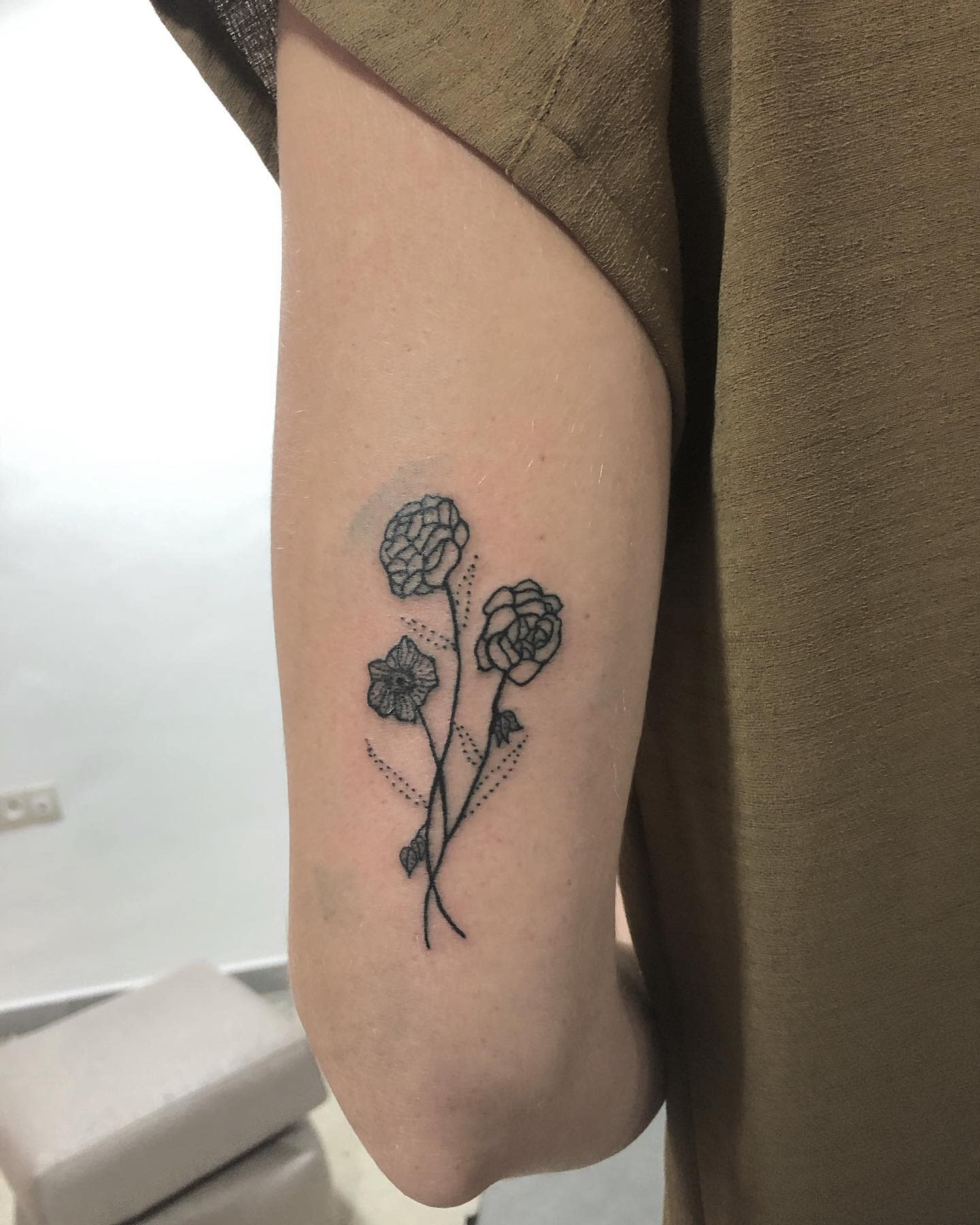 Small Dahlia Tattoo -vagabondetattoo