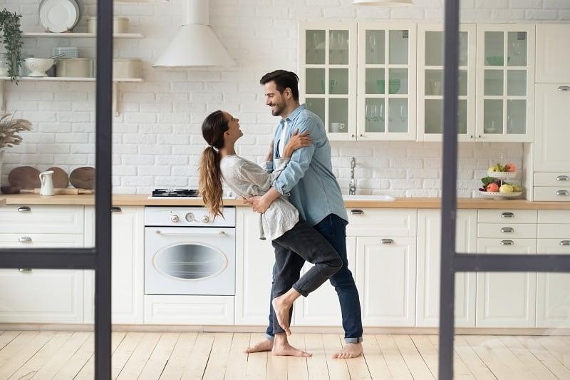 Dancing-Best-Hobbies-For-Couples