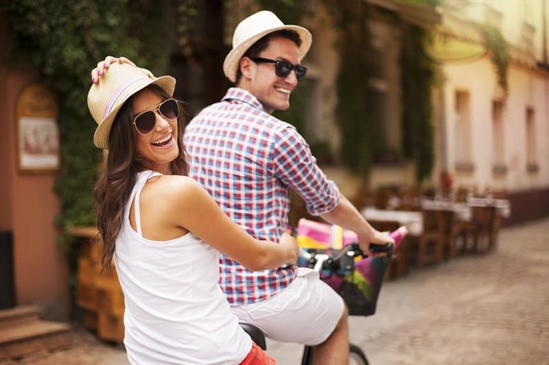 Dating-Older-Women-Their-BS-Radar-Is-Spot-On